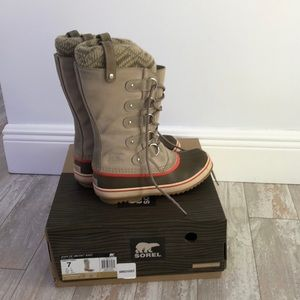 Sorel Joan of Artic Knot boots size 7